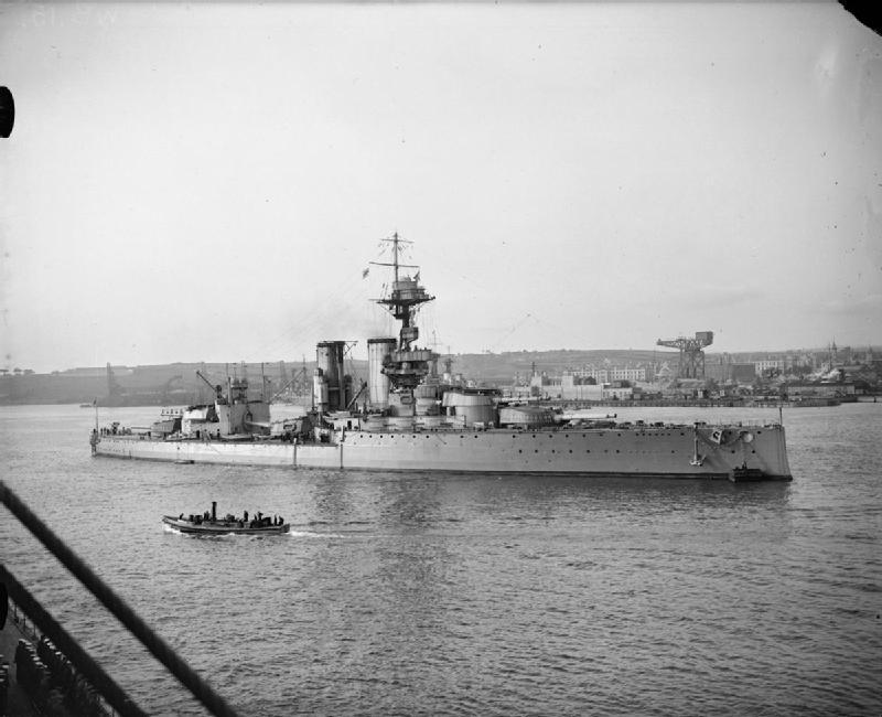 HMS_Centurion_at_Rosyth_1918_IWM_Q_13955