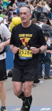 Joe-dunford-runs-the-boston-marathon