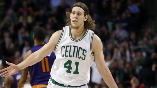 Celtics_kelly_olynyk_011516