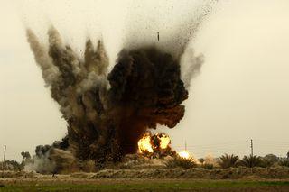 GBU-38_munition_explosions_in_Iraq